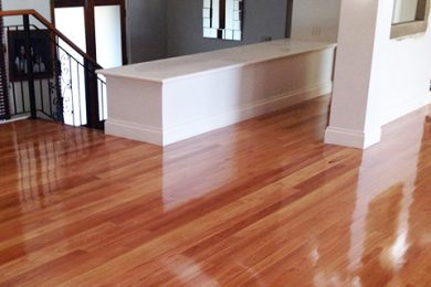 Floor Sanding / Floor Polishing